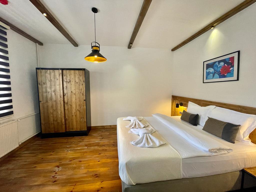 207 bedroom